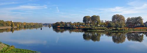 2016-10-24 10-30 Burgund 666 Nevers, Loire