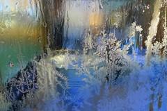 Efter frosten (Ken-Zan) Tags: glas window frost home kenzan ljunghav kristaller ice water frostvatten