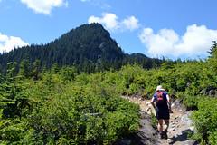 Chunlin Heading South (Sotosoroto) Tags: dayhike hiking cascades washington mountains silverpeak