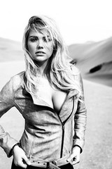 Kate Upton (Defunct Online) Tags: pictures hot beautiful breasts pretty photoshoot bikini babes blonde cleavage beautifulgirls prettygirls photogallery prettywomen picturegallery kateupton