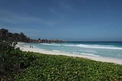 Seychellen (m.a.r.c.i) Tags: ocean beach rock strand meer fujifilm seychelles fujinon marci felsen grandanse ladigue seychellen xe1 f284 xf1855mm