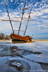 Ship at Jordan Harbour (Gary Simmons) Tags: winter ship grimsby jordanharbour