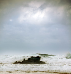 hypnotist (Testigo Indirecto) Tags: sea mar energy waves power oleaje olas hypnotist fuerza energa hipntico