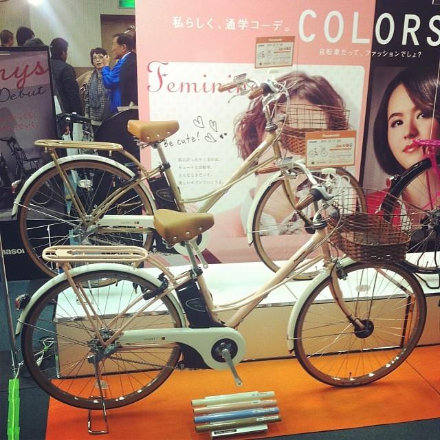 そしてカラーズ新商品は一般と電動の両方を販売!可愛くて学生向きかな? #eirin #panasonic #電動アシスト自転車 #カラーズ #新商品