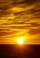 Sunset and beautiful sky (Mysophie08) Tags: sunset clouds florida blurred gamewinner captivafl challengeyouwinner mediumquality
