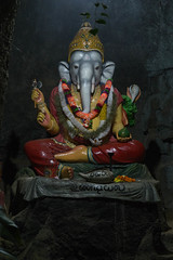 Ganesh (Wagler's Pit) Tags: temple construction southeastasia religion srilanka nuit edifice adamspeak hindouisme asiedusudest