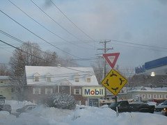 Entering Derry Traffic Circle (sixty8panther) Tags: road street trees winter usa snow cold building brick lines sign circle town aftermath driving power shot traffic telephone roundabout newengland newhampshire mobil gas east pizza route poles 28 windshield icy yield capture blizzard img rotary entering derry snowbank chesterroad rt28 28b derrynh 9642 img9642 rt102
