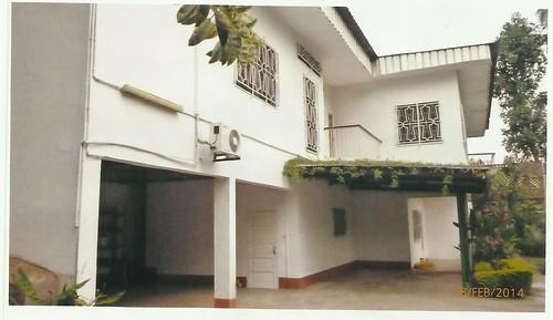 Maison (Duplex) à vendre à Yaoundé, Bastos - 6 chambre(s) - 450 000 000 FCFA