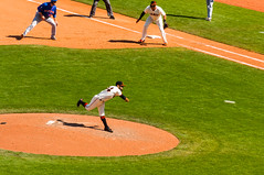 Sergio Romo throwing Rocks! (phoca2004) Tags: sanfrancisco california unitedstates sfgiants mlb nymets attpark sergioromo