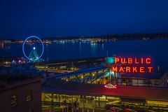 Market After Sunset (Benjamin Coy) Tags: seattle fish water sign glow waterfront market goods billboard starbucks ferriswheel pikes pikesplace pinestreet fishmarket services publicmarket flyingfish alaskanway skywheel vegetablemarket sullivanstreet