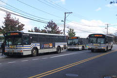 IMG_0641 (GojiMet86) Tags: sct suffolk county transit new york long island bus buses 2005 2010 gillig phantom c21b102n4 orion vii ng hlf 1028 5015 5054 7b s54 s63 division street south ocean avenue patchogue station