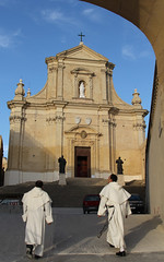 Approaching Citadella Cathedral (Lawrence OP) Tags: citadella gozo malta cathedral dominican friars