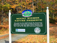 Mount Wismer Nature Preserve (1) (Nicholas_T) Tags: pennsylvania monroecounty mountwismernaturepreserve mtwismernaturepreserve poconos hiking sign autumn creativecommons