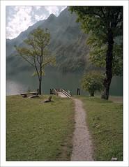 Kessel - Knigssee (macfred64) Tags: film analog mediumformat 645 6x45 120 fujiga645wi fujinon45mmf4 kodakportra160 kesselknigssee knigssee bavaria berchtesgardennationalpark alps mountains