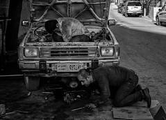 Car service (Saman A. Ali) Tags: streetphotography street blackwhite blackandwhite people documentary carservice