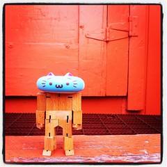 Nekodo-BOT (sweetmeika) Tags: nekodo cubebot cubebotbob cat doughnut donut orange blue toy toys wood nyan