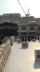 In love with this place #Mecca #Makkah (Maryam Almohaimeed |   ) Tags: muslims muslim white nice love sunrise meccawatch watch buildings building praying weather people big crowds cleaning morning ksa arab arabia saudiarabia saudi mecca makkah