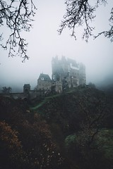 German Fairytale. (Bokehm0n) Tags: landscape nature vsco explore flickr earth travel folk 500px eltz germany no person fog outdoors light dawn sky evening city mist environment weather daylight water building silhouette castle sunrise