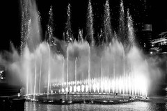 The Dubai Fountain (lemien) Tags: dubai bw fountain uae unitedarabemirates ae