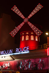 _DSC4878_86 (Elii D.) Tags: paris eiffel tower la defence night city life metropolis skyscaper moulin rouge light street