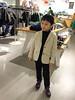 试衣服的小疯子 (Le Petit King) Tags: 2015 20151129 apple asia baby china chris hm jingandistrict mobile portrait shanghai westnanjingroad iphone6 上海 中国 亚洲 南京西路 睿睿 静安区