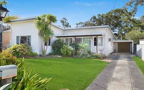 1 Avonlea Avenue, Gorokan NSW 2263
