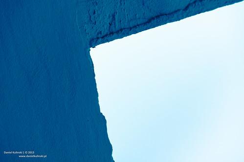 Blue tint corner