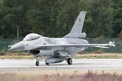 Lockheed Martin F-16A Belgian Air Force (Matthijs (NL)) Tags: plane canon airplane belgium belgie aircraft aviation military baf 30d lockheedmartin f16a fightingfalcon belgianairforce canoneos30d kleinebrogel spottersday spottersdag keebee fa114