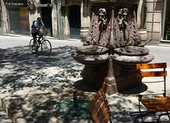 Pontevedra. Casco Vello 9. Pontevedra. Downtown 9. (Esetoscano) Tags: summer españa fountain spain downtown fuente galicia galiza verano pontevedra cascovello prazadaverdura