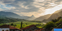 130502 201918 (easaphoto) Tags: travel sunset verde nikon adventure puestadesol prado vacaciones cantabria montaas nwn picosdeeuropa abigfave platinumheartaward simplysuperb