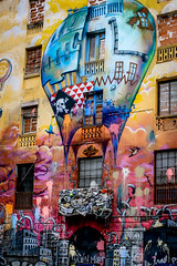 Sant Antoni (davecurry8) Tags: barcelona graffiti spain balloon catalonia santantoni