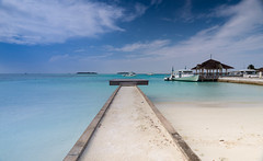 Paradise pier || Maldives (David Marriott - Sydney) Tags: huraa northcentralprovince maldives mv kandooma resort pier
