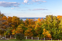 Fall Foliage (saebaryo) Tags: canoneos5dmarkiii canon 5d3 5diii twinlights navesink highlands lighthouse nj canon2470mmf28l 2470mm