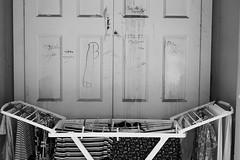 Per le sorelle (Marioiks) Tags: napoli italia fuji xpro1 naples bw bn written dick cazzo per le sorelle stendino guarda roupa laundry bucato door porta