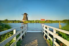 Windmill in motion (Sizun Eye) Tags: kinderdijk windmill motion canal unesco netherlands sizuneye tamron2470mmf28 nikond750 longexposure poselongue leefilters leebigstopper