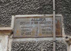 N7 Sign Hotel de la Paix in Saint Gerand Le Puy 16.9.2016 4187 (orangevolvobusdriver4u) Tags: rn7 route national 7 routenational7 routebleue 2016 archiv2016 france frankreich n7 saintgerandlepuy stgerandlepuy sign oldsign wegweiser alt streetsign auvergne