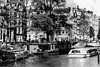 Amsterdam, Prinsengracht. (parnas) Tags: amsterdam prinsengracht nederland canals zwartwit blackandwhite blackwhite analoog film ilforddelta streetphotography