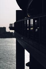 Uncommon Places 065 (Harimau Kayu (AKA Sumatra-Tiger)) Tags: sunlight japan backlight tokyo cityscape shinagawa odaiba tokyobay rainbowbridge urbanscape onepointperspective uncommonplaces