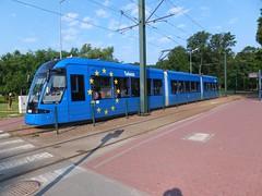 Krakow NGT8 2053 Dworzec Towarowy (Guy Arab UF) Tags: classic three tram poland krakow streetcar trams tramway section articulated strassenbahn bombardier tramwaj 2053 dworzec towarowy flexity ngt8