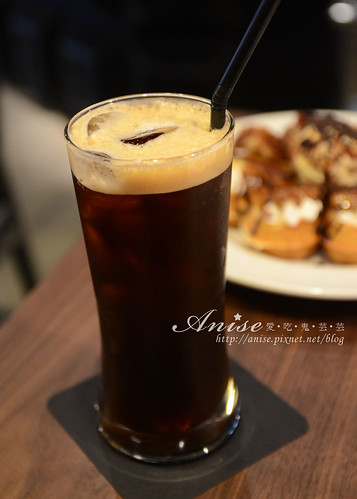 stayreal cafe_025.jpg
