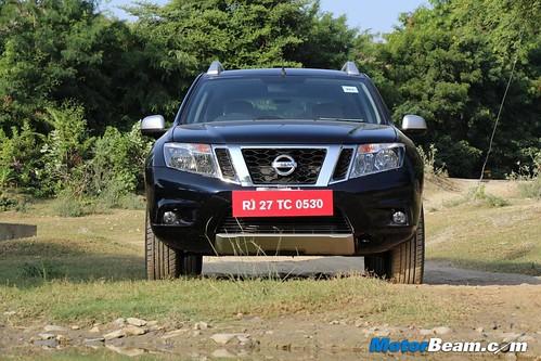 2013-Nissan-Terrano-30