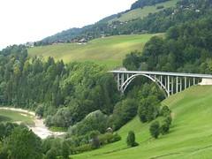 Le Pont du Javro (golden road) Tags: bridge schweiz switzerland arch suisse pont fribourg svizzera brcke fr ch charmey montsalvens javro