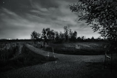 ...quando la notte era ancora sospesa ... (UBU ♛) Tags: blancoynegro blackwhite noiretblanc blues dreams notte biancoenero 30sec blunotte blupolvere ©ubu unamusicaintesta landscapeinblues bluubu luciombreepiccolicristalli
