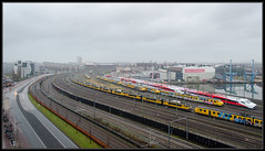 14-12-2013, Amsterdam, Look at all those trains..! (Koen langs de baan) Tags: