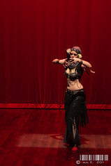 Fusion Tribal I (PeRRo_RoJo) Tags: light espaa woman sexy luz girl luces dance sony tribal fusion baile vila castillaylen fusiontribal dslra580 lasherma ellegadodeisis