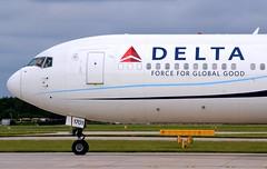 Delta Air Lines Boeing 767-332ER N171DZ Nose (Mark 1991) Tags: man manchester delta boeing 767 manchesterairport deltaairlines n171dz