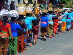 Rainbows of people (cecelysterlingmaisel) Tags: hindu bali ceremony people vivid colors