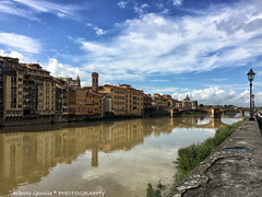 Arno - Firenze (Florence) (albygent Alberto Gentile) Tags: firenze lungarno nuvole clouds river fiume