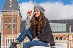 Amsterdam  Een tourist (peterpj) Tags: amsterdam sigma sigma6028dnart rijksmuseum museumplein sony a6300 tourit vreemdeling stranger