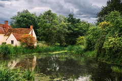 Flatford (M W Pinsent) Tags: willylottscottage johnconstable thehaywain eastbergholt suffolk riverstour nationaltrust omot aperturewoolwichps